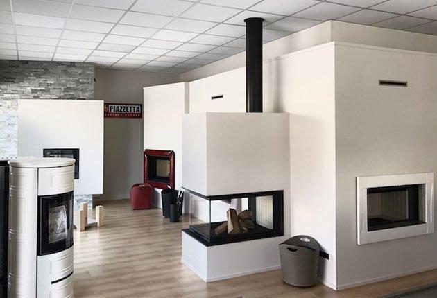 home-peron-showroom-stufe-caminetti